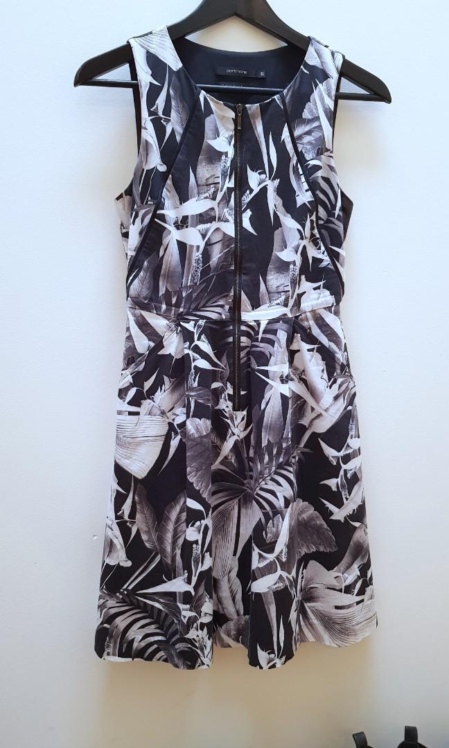 Tropical Print Monochrome Floral Zip Front Dress with Pockets! Portmans