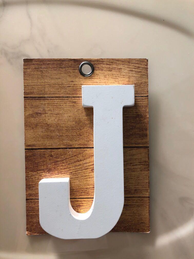 Typo Wooden Block Letter J