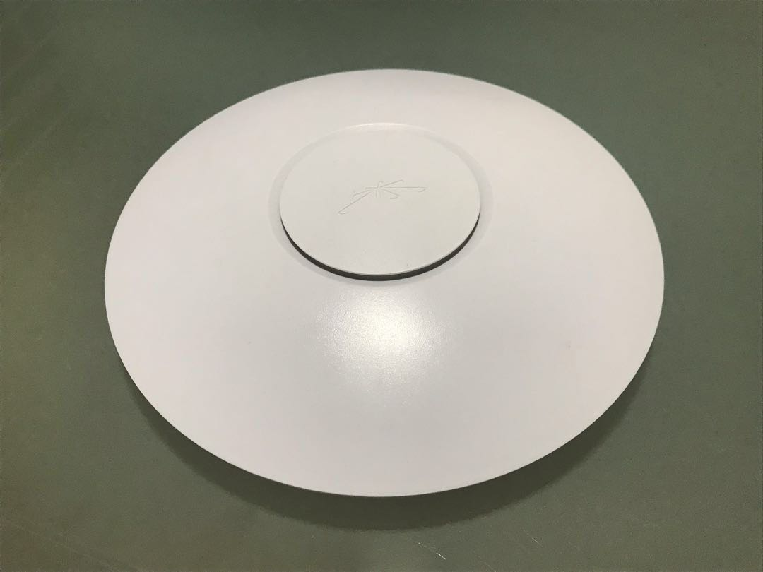 Ubiquiti UniFi AP Pro, Electronics, Computer Parts