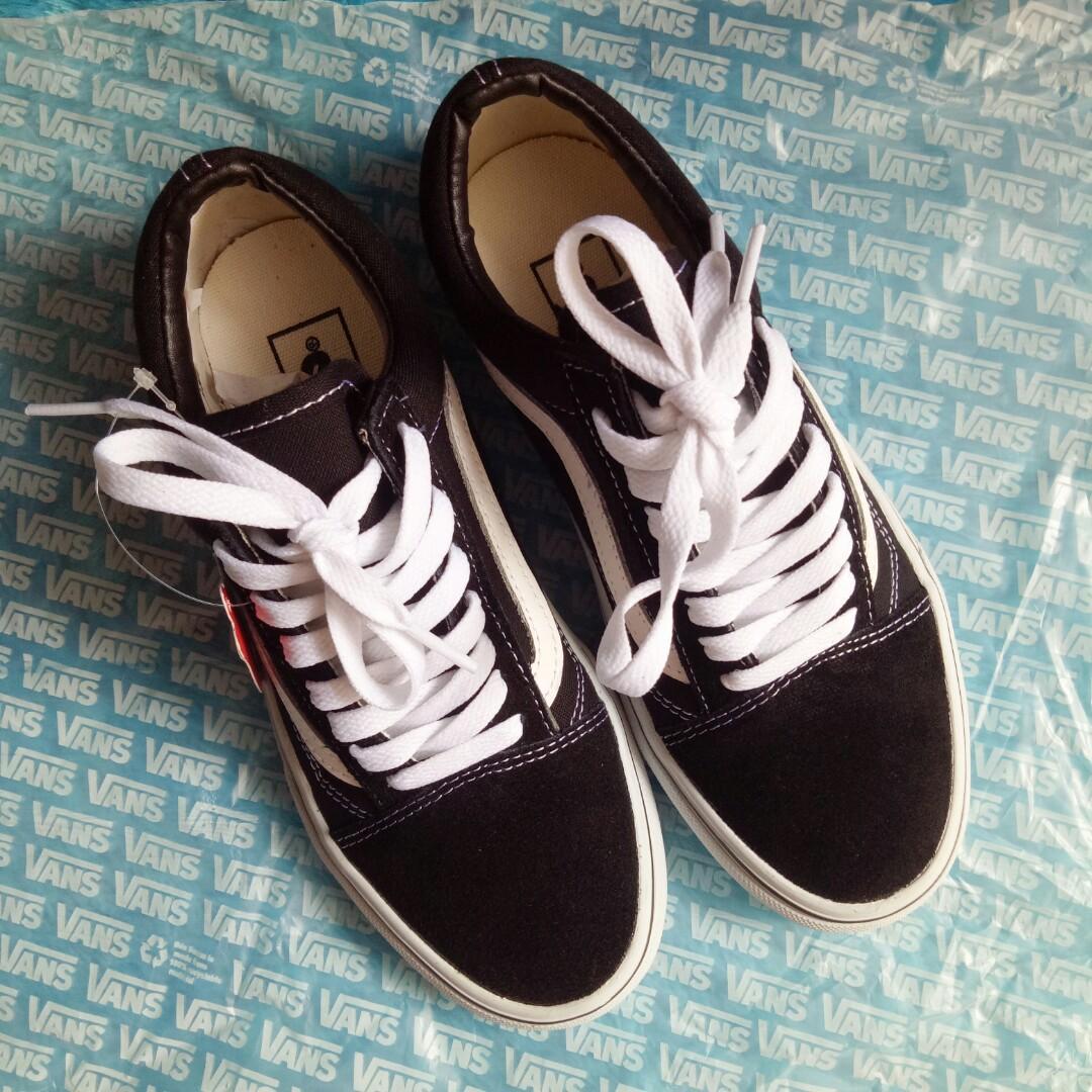 Vans Oldskool Black and White