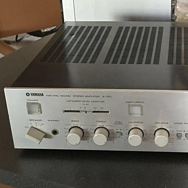 Yamaha Vintage Stereo Amplifier Model A-760, Electronics
