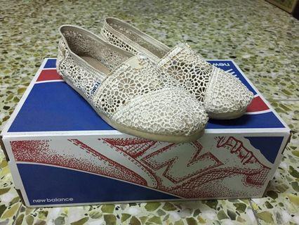 TOMS 經典蕾絲懶人鞋-女款US6.5=23.5cm