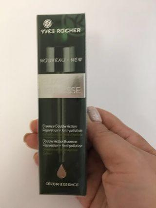 🚚 BNWS YVES ROCHER DOUBLE ACTION ESSENCE