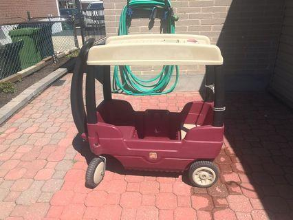 Kids step 2 wagon