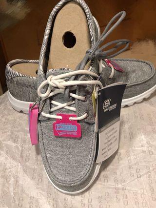 蝕讓全新Skechers 休閒鞋