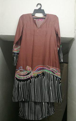 Baju kurung batik #OYOHOTEL