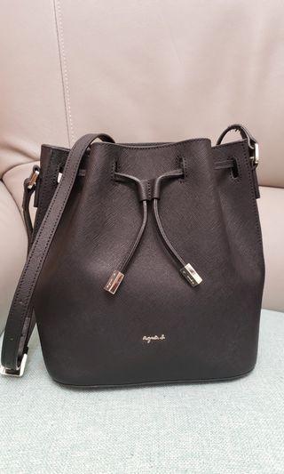 Agnes b 水桶形黑色手袋