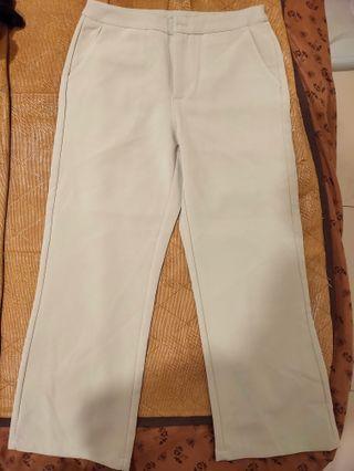 🚚 全新 OB 綠色 寬褲 可休閒 可正式 好看綠色