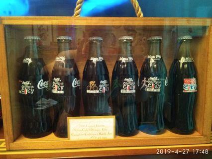 1996年 美國亞特蘭大可口可樂紀念樽一套 (出1996套,此套裝為854)$3000