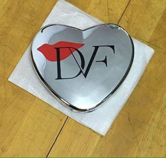美國 DVF 心形鏡