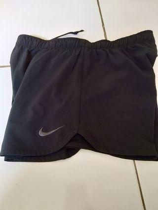 Celana running Nike ori ukuran S