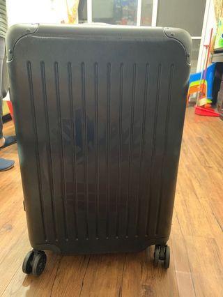 Timberland 行李箱 24 全新