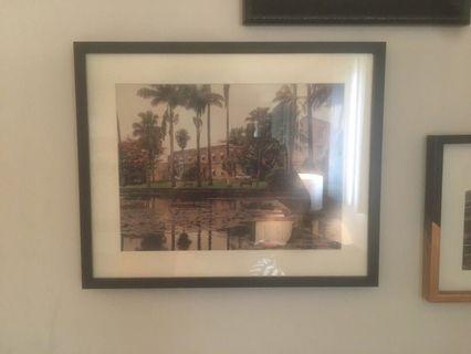 2 Ikea frames