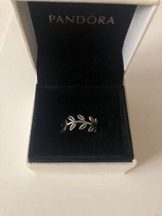 Pandora Leaf Ring