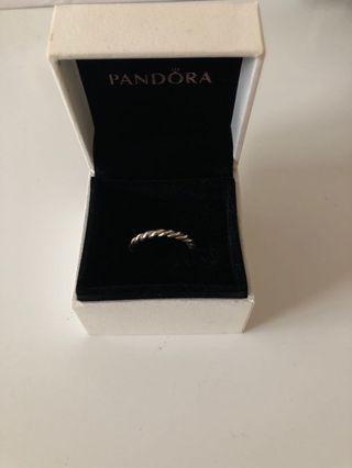 Pandora twisted ring