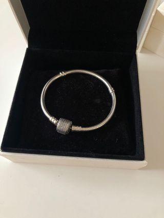 Pandora snakechain bracelet