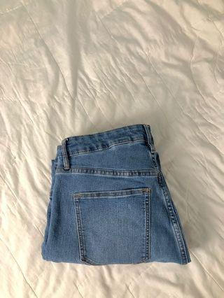 H&M Light Blue Jeans (32)