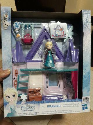 BNEW IN BOX DISNEY FROZEN ELSA LITTLE KINGDOM PLAY SET