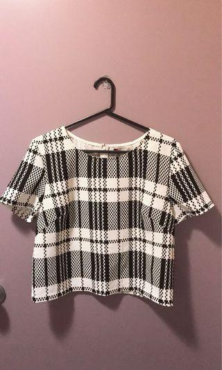 Checkered top Sz 10