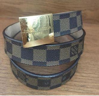Louis Vuitton Damier  Authentic