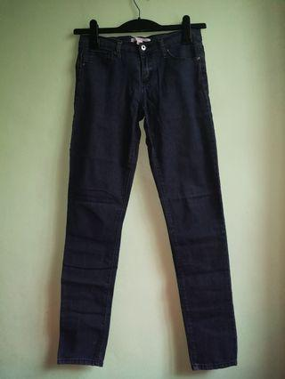 FOREVER21 Stretchable Jeans
