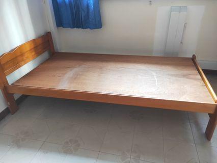 Pine wood single bed frame Used 8/10