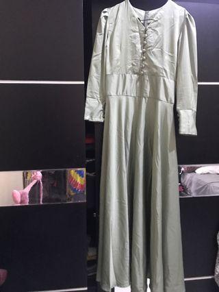 Long dress / green dress / fairy dress