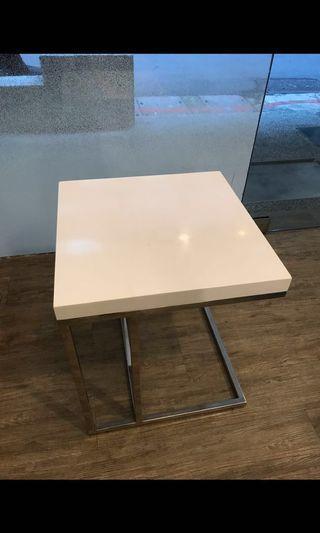 🚚 宜家小方桌