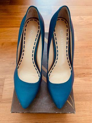 Enzo Angiolini Dark Blue Pump
