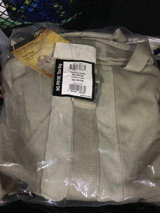 🚚 Brand new national geographic tote bag NG-8150