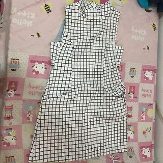 Minidress square white black hitam putih