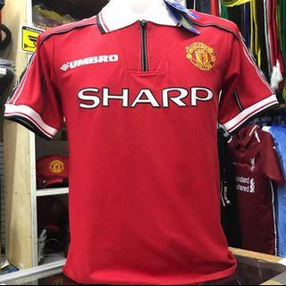 23e1b56af Manchester United 1998 99 Retro Jersey