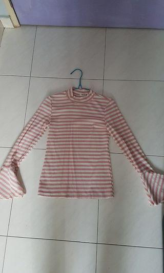 🚚 Striped bell sleeves shirt
