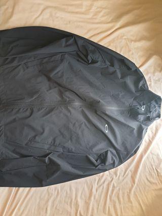 🚚 Oakley Jacket