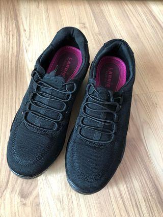 NEW LARRIE sports shoe black women EU37