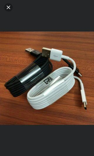 🚚 Brand new 2pcs 100% Original Samsung fast charge type c.s10
