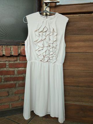 Ruffle dress HnM