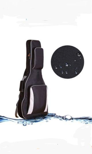 🚚 Brand new bass or electric guitar thick 10 mm padded bag(very gd quality and material
