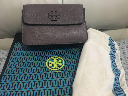 🚚 Tory burch sling bag authentic