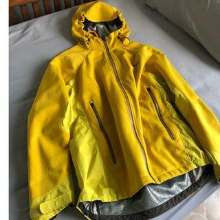 3832da5b9 columbia jacket | Men's Fashion | Carousell Singapore