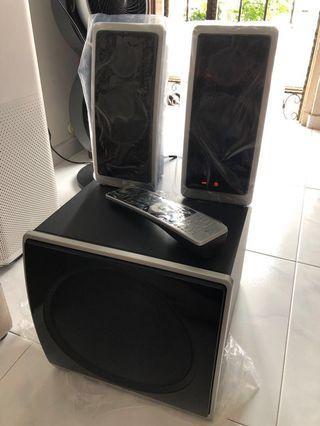 Logitech Z-Cinema 2.1 Surround Speaker