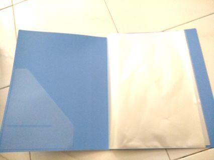 20 sleeve file / folder. A4 size. Clear sleeves.
