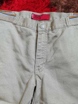 Women branded pants in bundle