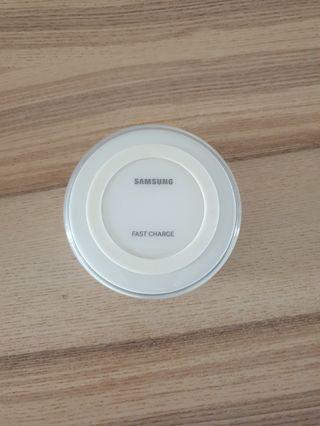 Samsung Wireless Fast Charging Pad
