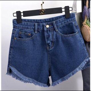 修身牛仔短褲 黑/白/藍