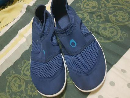 quechua  water shoes suitable  for beach and snorkeling  and diving  or just swimming