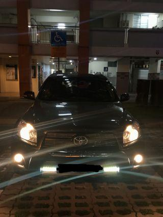 Toyota Rav4 2.4 Auto LWB Premium