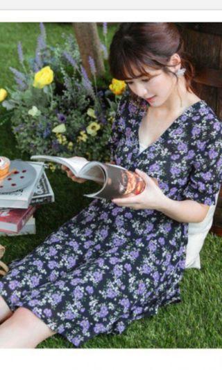 碎花連身裙