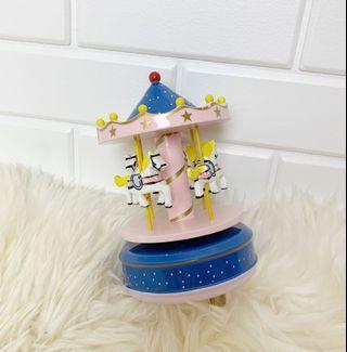 🚚 Carousel Music Box