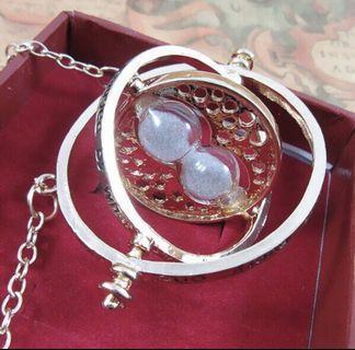 🚚 Harry Potter Time-turner Necklace